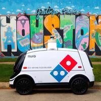 ¿Si no llega en 30 minutos, es gratis? Domino's Pizza ya realiza entregas a través de un vehículo autónomo en Houston