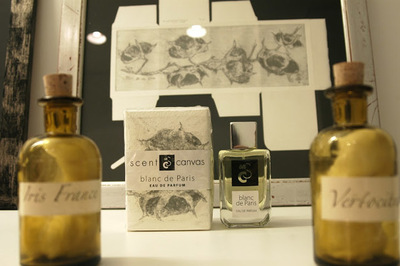 "¿Un regalo exclusivo? Scent On Canvas, perfumes de autor ""envueltos"" en grabados"