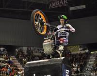 Toni Bou empieza venciendo en el Campeonato de España de Trial Indoor 2012