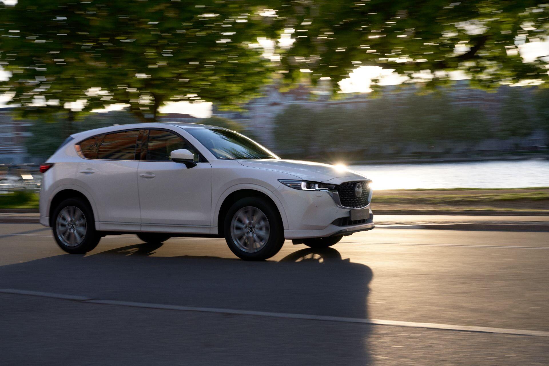 Foto de Mazda CX-5 2022 (4/29)