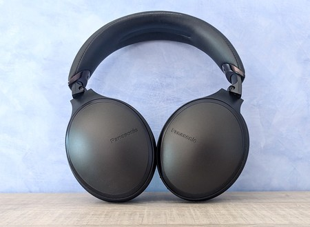 Panasonic HD605N, análisis: estos auriculares con cancelación de ruido van directos al top de los mejores y su gran baza es el precio
