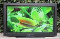 Saca tu televisor a la terraza sin miedo con los modelos de exterior de Toshinaer y SunBrite