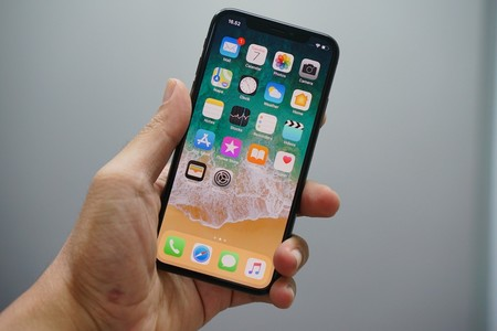 Un iPhone con Face ID y Touch ID bajo la pantalla llegaría en 2021, según Ming-Chi Kuo