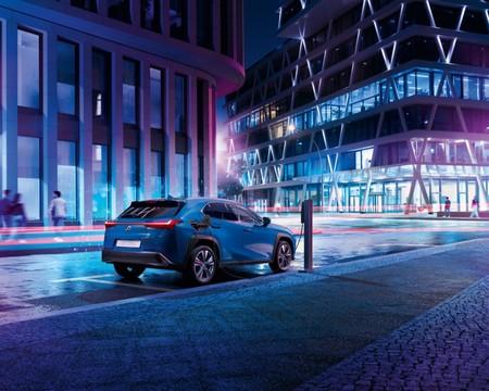 Lexus Ux Electrico 02