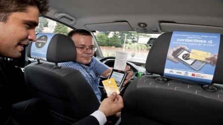Los pagos con NFC se instalan en los taxis de Barcelona