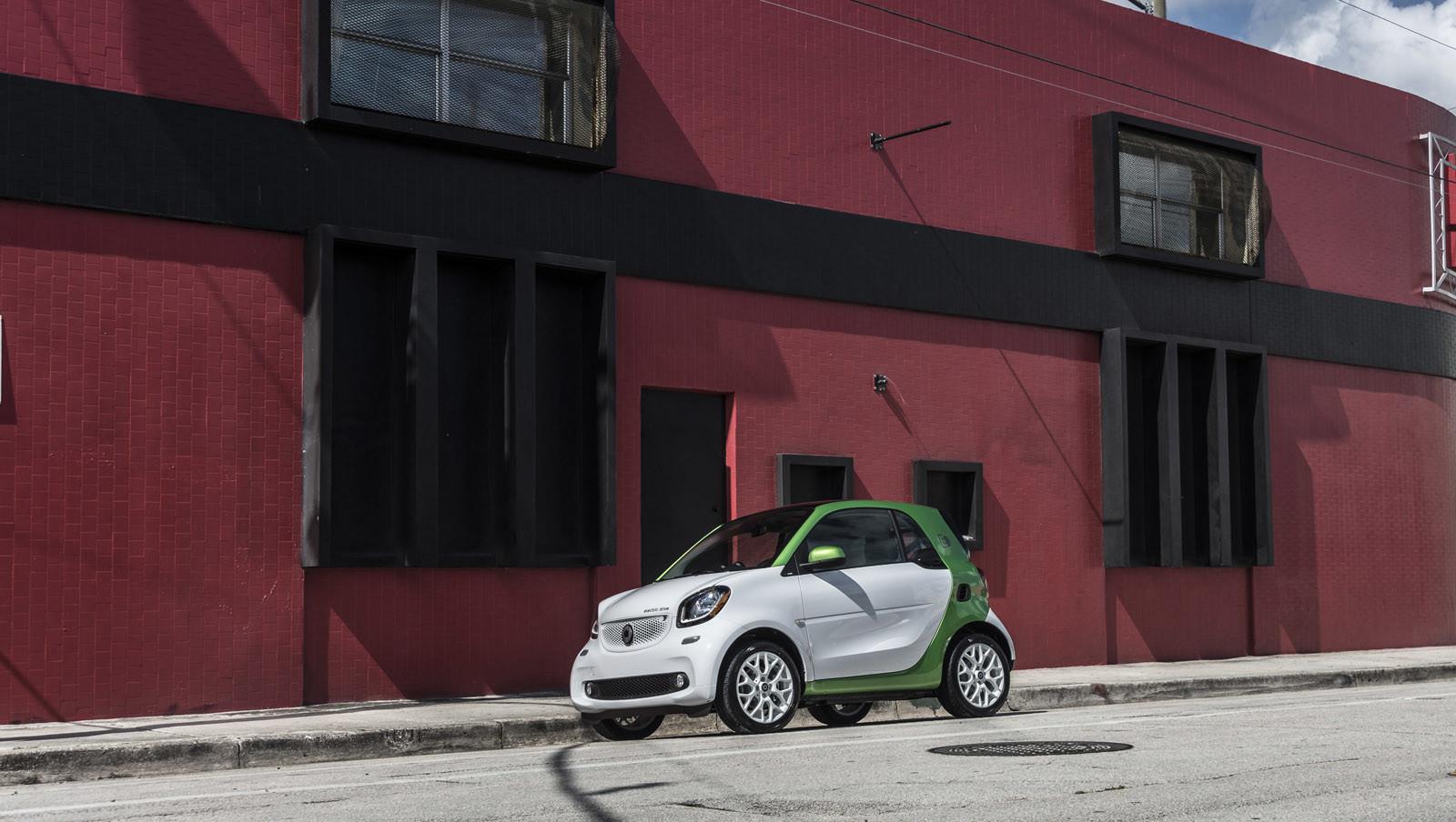 Foto de smart fortwo Electric Drive, toma de contacto (104/313)