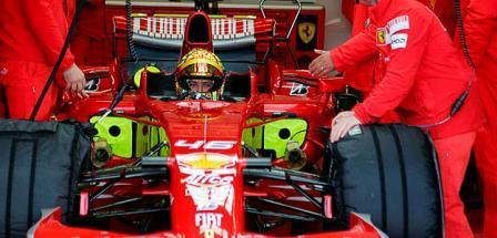 Valentino Rossi se volvió a subir a un Ferrari