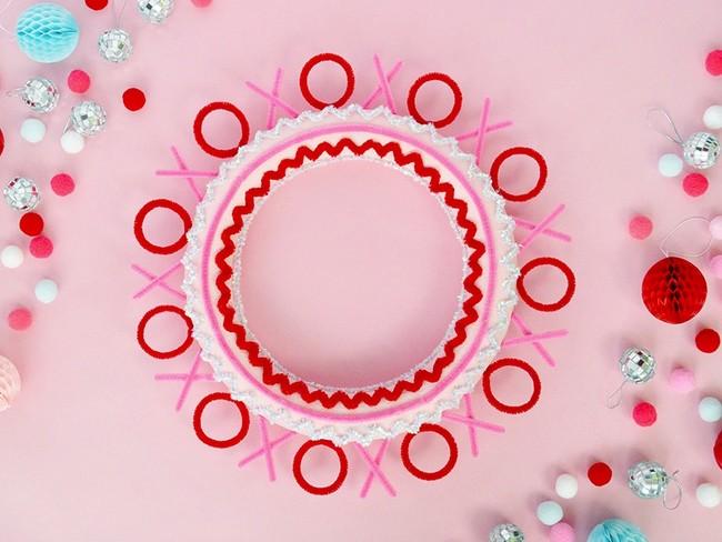 Hazlo tú mismo: una corona de limpiapipas para San Valentín