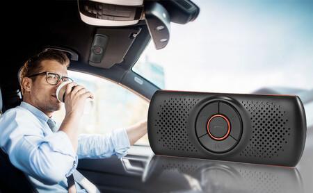 El manos libres Bluetooth para coche más vendido de Amazon no necesita instalación, se controla por voz y cuesta menos de 20 euros