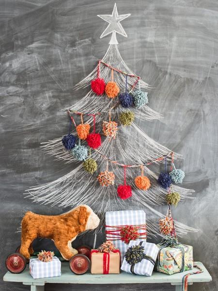 ¡Lo veo y lo quiero! 15 árboles de Navidad realmente diferentes que hemos visto en las redes sociales y que nos gustaría poner este finde en casa