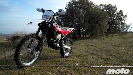 Husqvarna TE449 2013, prueba (características y curiosidades)