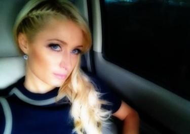 Paris Hilton haciendo enemigos con el colectivo gay... ¡¡vaya bocachancla!!