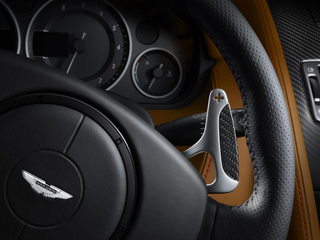 Foto de Aston Martin DBS Carbon Edition (7/8)
