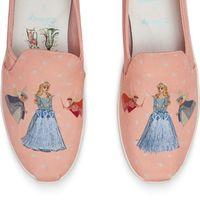 Si Cenicienta fuera hoy al baile no querría un zapato de cristal: se pondría esta edición exclusiva de Disney para Toms
