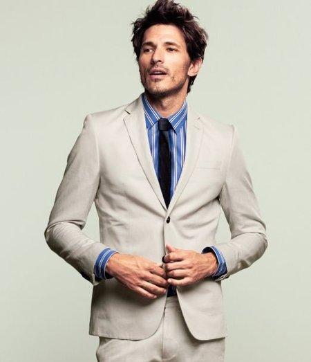 Andrés Velencoso, la mejor percha para H&M y los 'Clásicos Modernos' de la Primavera-Verano 2012