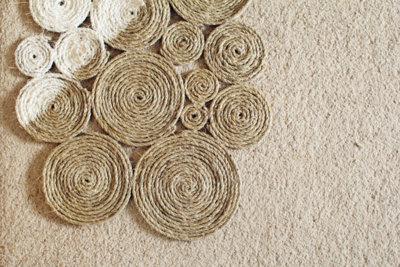 Hazlo tú mismo: una alfombra de cuerda para decorar tu suelo