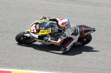 MotoGP Gran Bretaña 2010: Jules Cluzel vence en la anarquía de Moto2