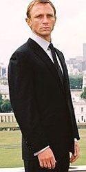 El primer James Bond rubio