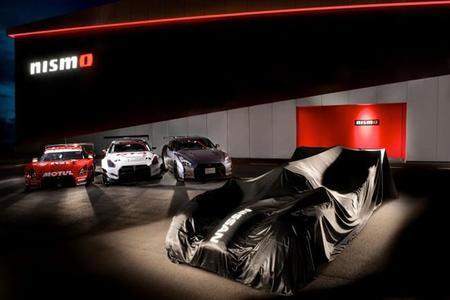 Nissan le da la vuelta a su GT-R LM NISMO LMP1