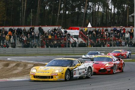 fiagt_pk-carsport-anthony-kumpen-y-mike-hezemans-subcampeones-gt1-2009.jpg