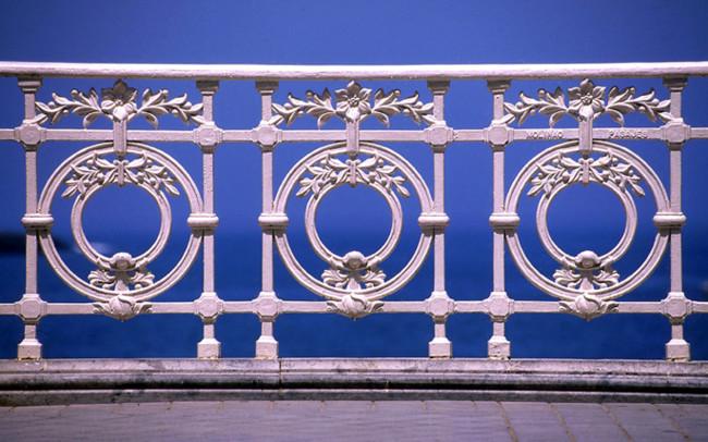 La barandilla de San Sebastián cumple cien años