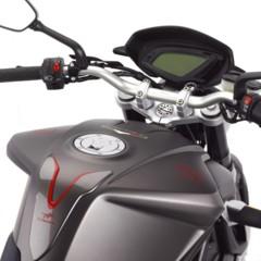 Foto 19 de 27 de la galería mv-agusta-brutale-675-desvelada-en-el-eicma-2012 en Motorpasion Moto