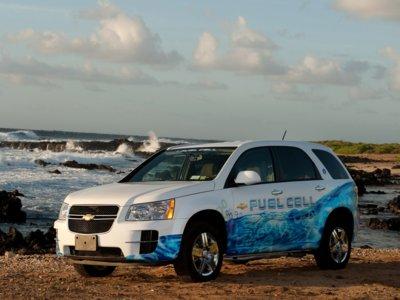 Bob Lutz ataca ahora al coche hidrógeno y ensalza las ventajas de la movilidad eléctrica