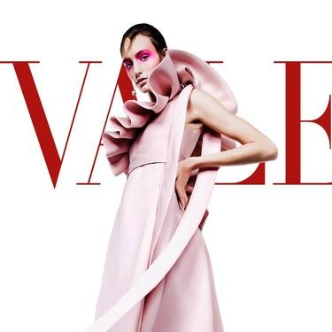 ¿Fue el desfile de Valentino el mejor para la próxima Primavera-Verano? Te contamos todos los detalles en un nuevo video