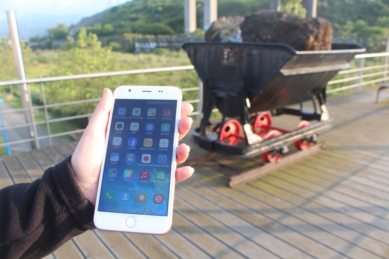 1ac0761eb36 Clones chinos del iPhone, ¿qué resultado dan? Probamos el Blackview Ultra  Plus