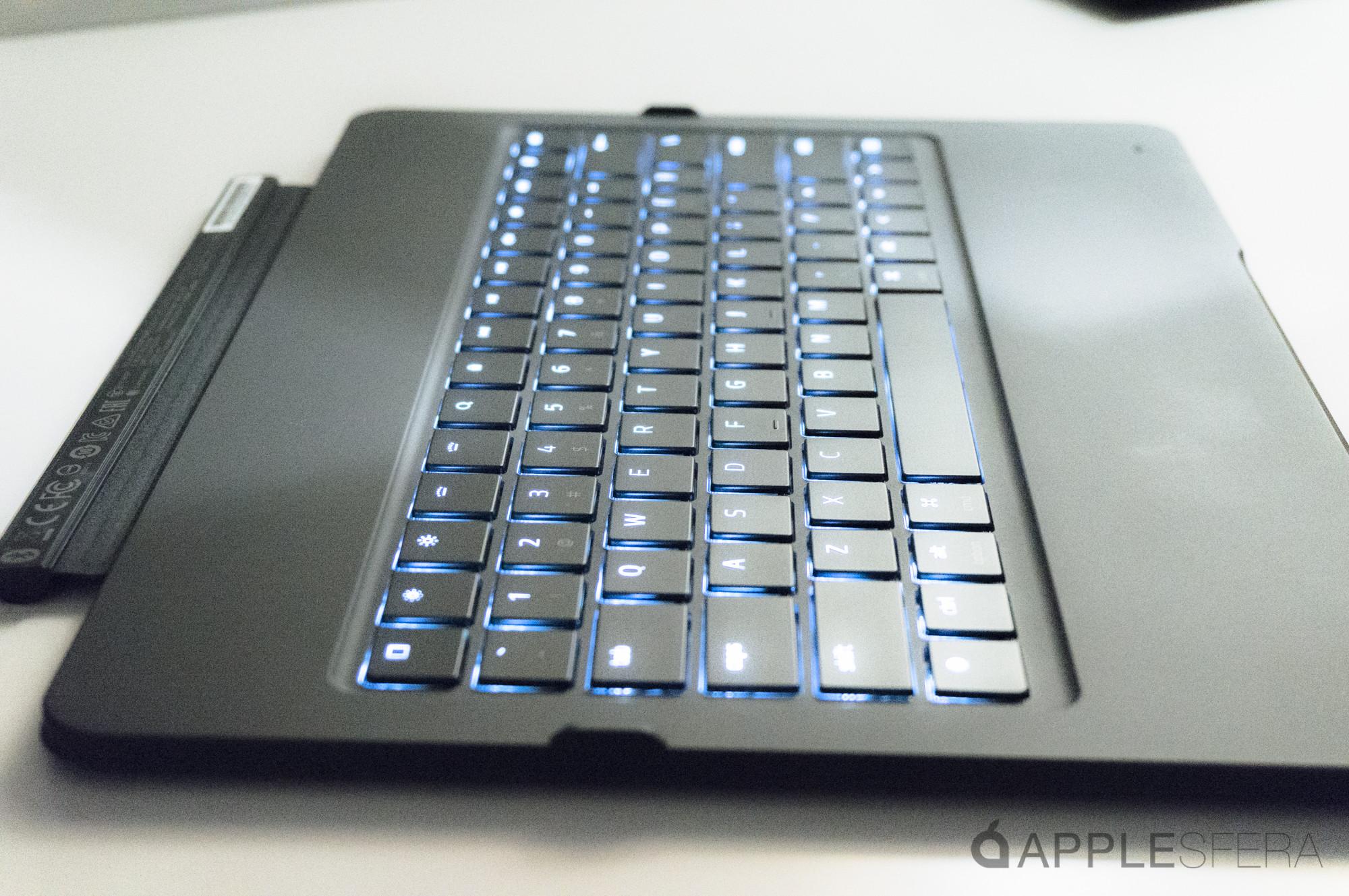 Foto de Razer Mechanical Keyboard Case (18/19)