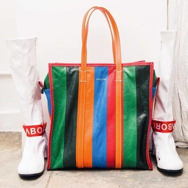 Clonados y pillados: el bolso Bazar de Balenciaga ahora se encuentra en versión low-cost