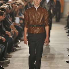 Foto 5 de 10 de la galería raf-simons-primavera-verano-2010-en-la-semana-de-la-moda-de-paris en Trendencias Hombre