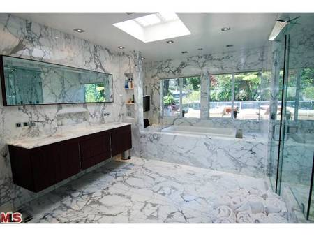 El baño de Mel B.