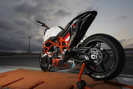 "KTM 690 Duke ""Track"""