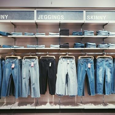 Aprovecha éstos jeans en rebajas de H&M para armar el perfecto look de verano