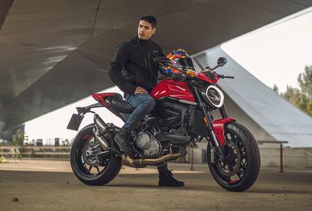 Ducati Monster 2021 1