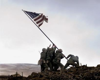 Trailer de los dos films de Eastwood: 'Flags of Our Fathers' y 'Red Sun, Black Sand'