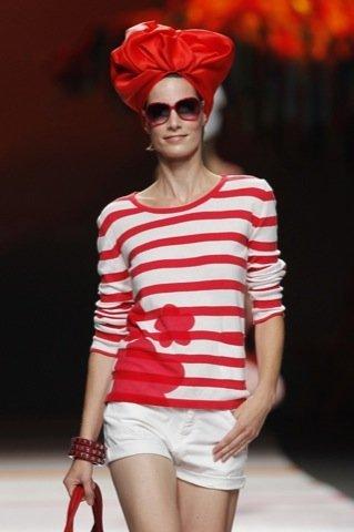 Agatha Ruiz de la Prada Primavera-Verano 2011 rayas