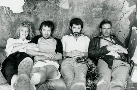 Una foto del rodaje de Indiana Jones y el Templo Maldito