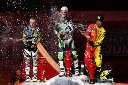 podium fmx china