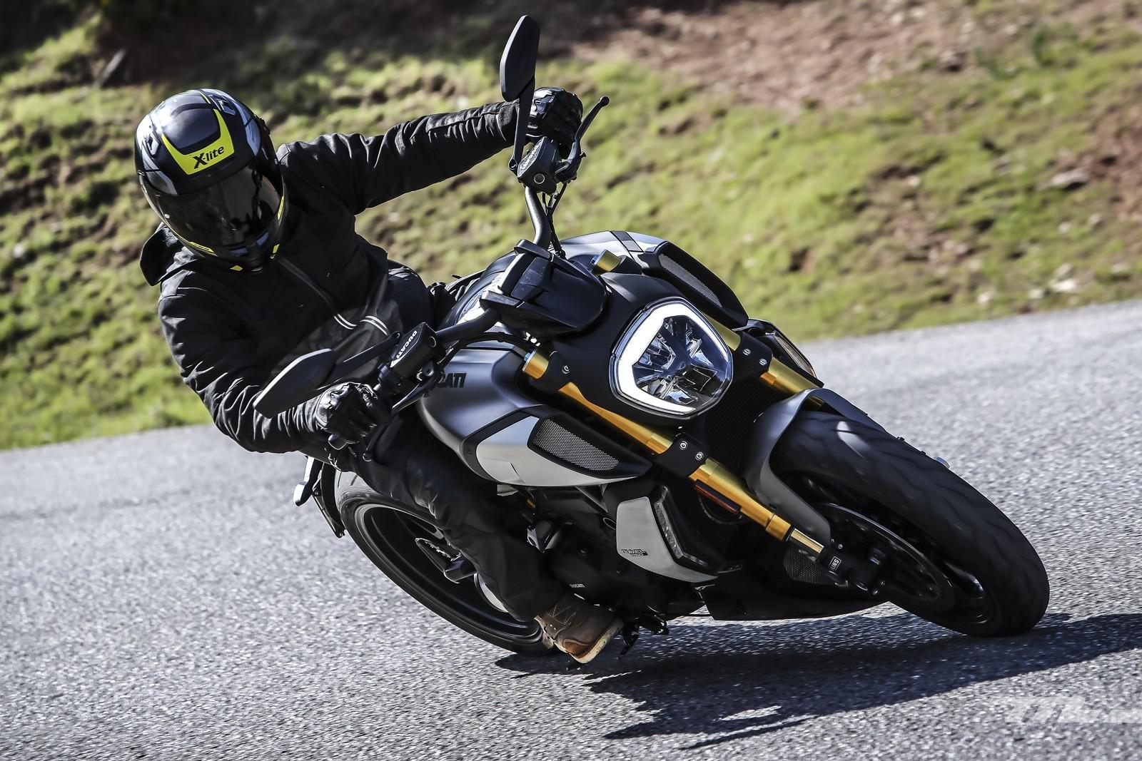 Foto de Ducati Diavel 1260 S 2019, prueba (8/59)