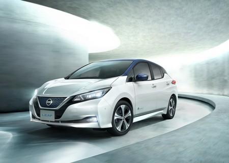 Nissan Leaf 2018 1280 01