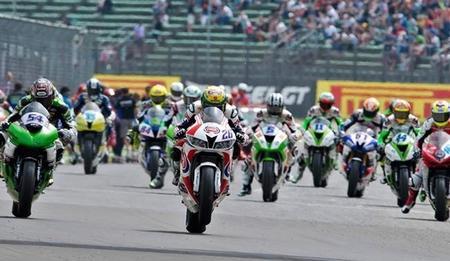 Superbikes Gran Bretaña 2014: la emoción continua en Donington Park
