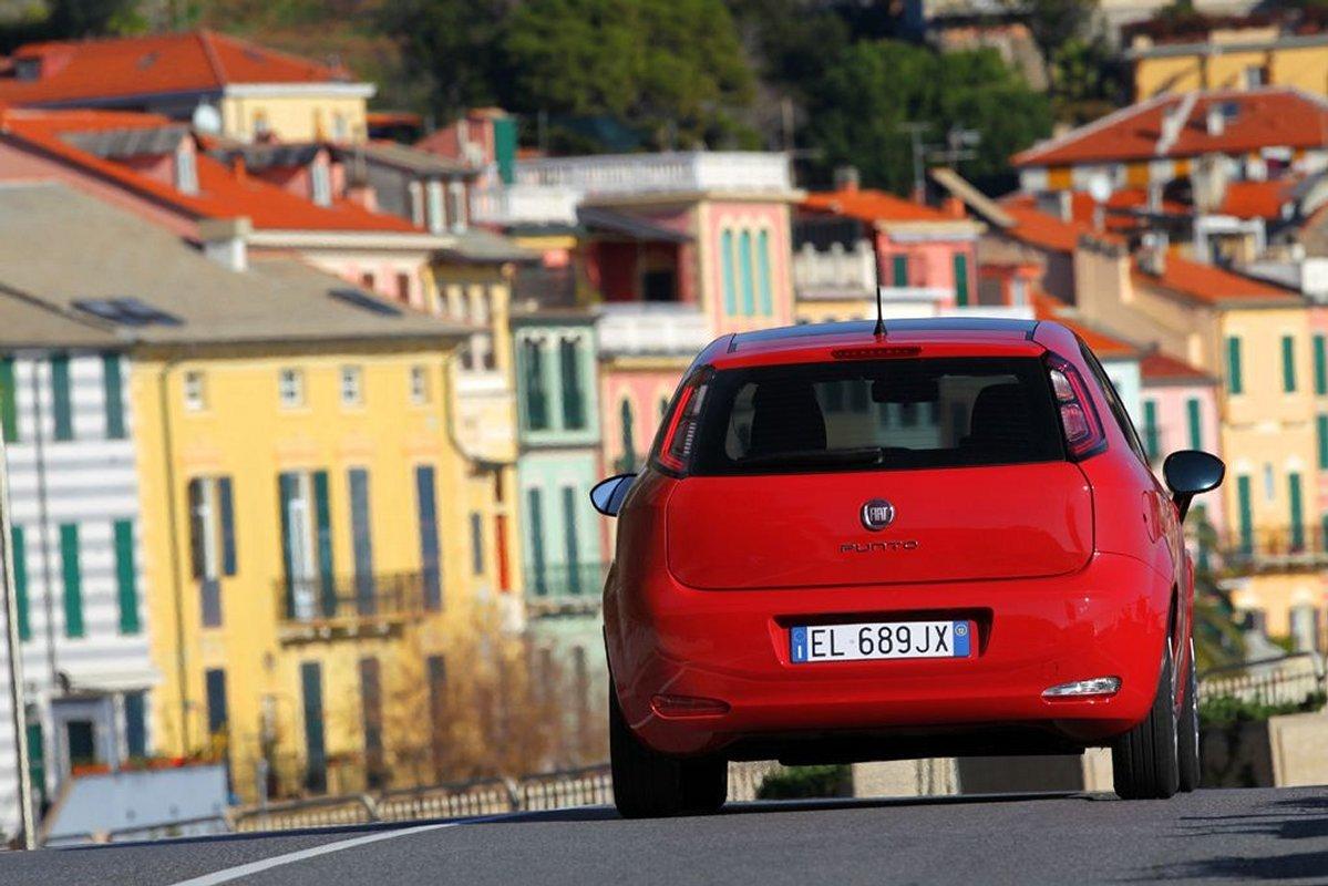 Foto de Fiat Punto 2012 (27/48)