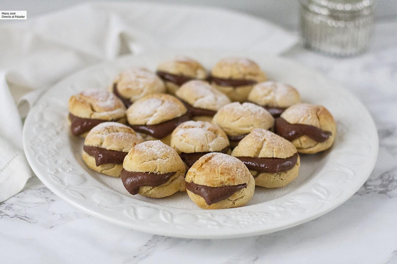 Profiteroles de chocolate, la receta perfecta para un dulce bocado al que os costará resistiros