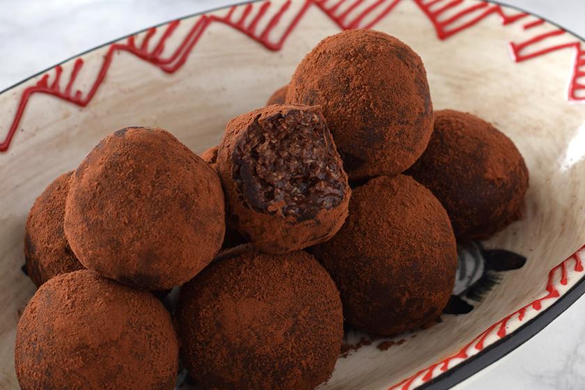 Trufas de Nutella exprés. Receta fácil con tres ingredientes