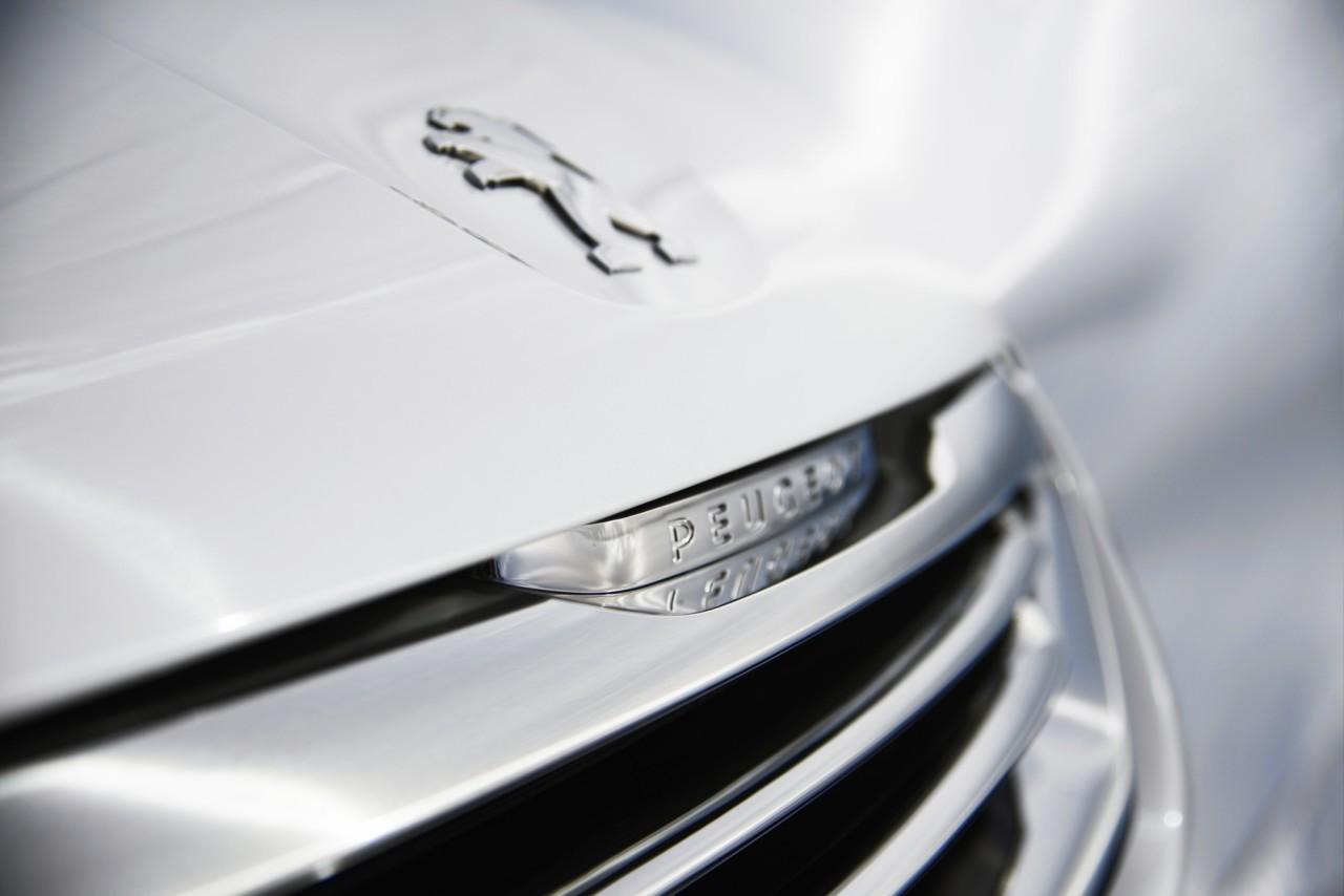 Peugeot 2008 57 76