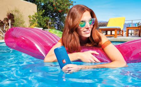 Altavoz portátil, con conectividad Bluetooth, JBL Flip 4 por 80,99 euros  y envío gratis