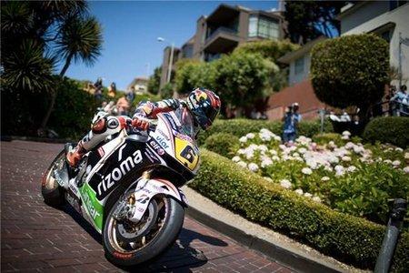 MotoGP Estados Unidos 2012: Stefan Bradl se pasea por San Francisco sobre la Honda RC213V