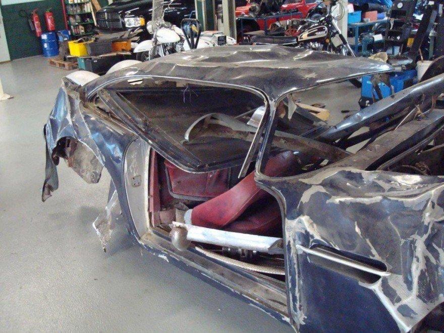 Foto de Dolorpasión™ Aston Martin DB4 por piezas (1/6)